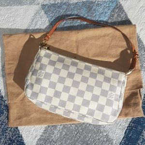 Louis Vuitton Pochette accesories in Damier Azur